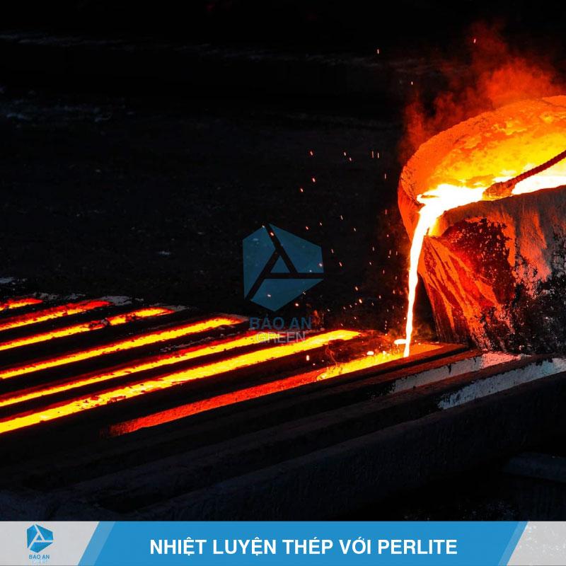 Phun, xịt hỗn hợp Vermiculite cho sắt, thép chống cháy